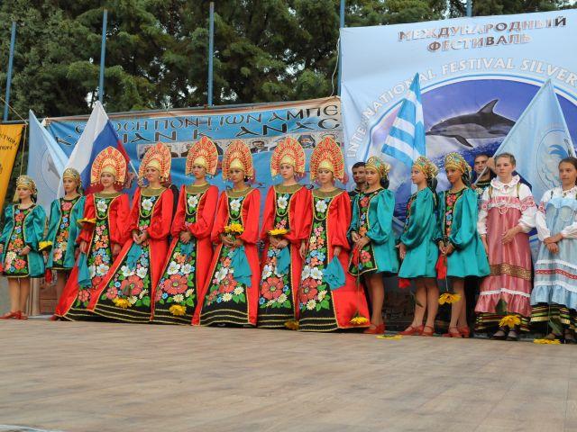 130703_Festival_Silver_Dolphin_Rosias_ipo_tin_aigida_tis_PKM_2