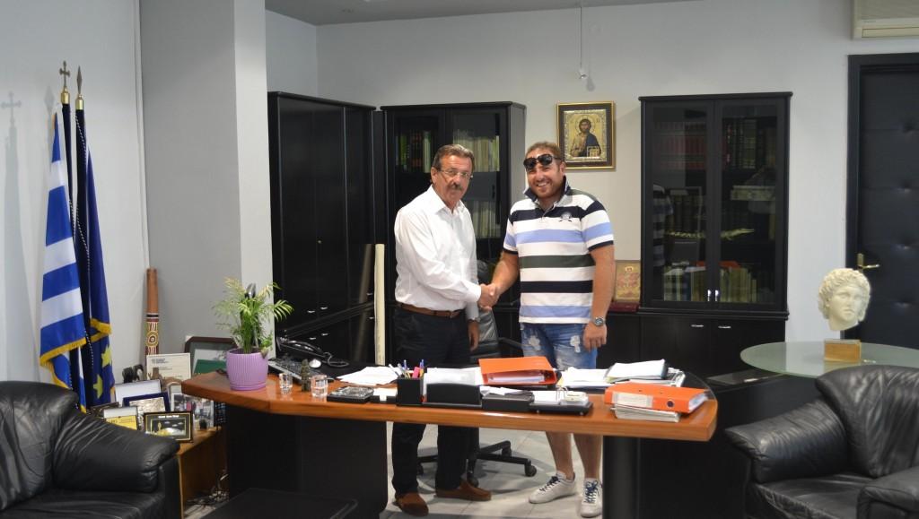 Αντιπεριφερειάρχης-Εκπρόσωπος  εταιρείας Βελκόπουλος & ΣΙΑ ΟΕ