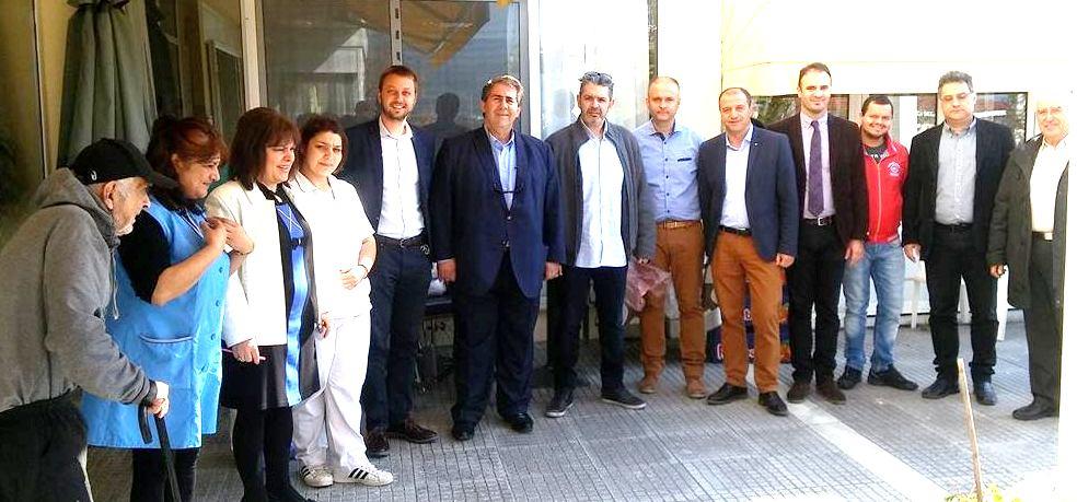 Στην εκδήλωση παραβρέθηκαν οι υποψήφιοι Βουλευτές Διονύσης Σταμενίτης 86e5aae6b7a